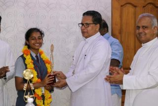 Felicitating the toppers of B.ARCH & B.Planning